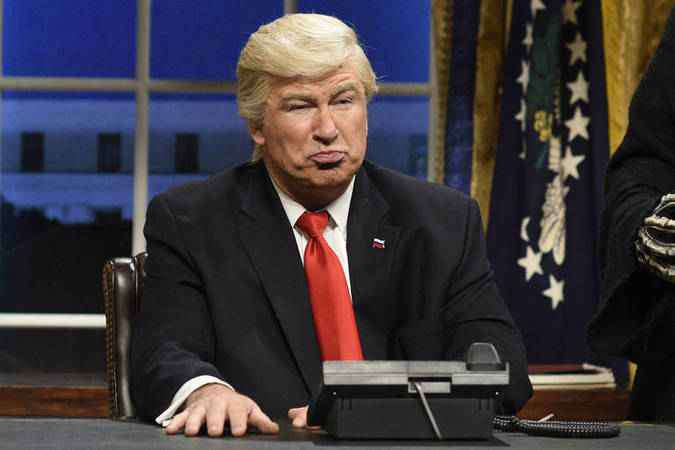 Alec Baldwin caracterizado como Donald Trump no 'Saturday Night Live' (foto: NBC/Divulgação)
